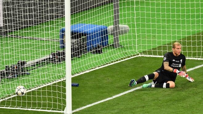 HLV Darby: 'Van Dijk se la Sergio Ramos cua Liverpool' hinh anh 1