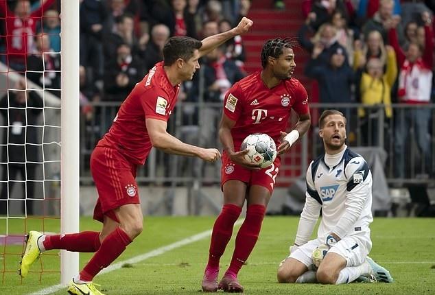 Lewandowski choi sang van khong the cuu Bayern hinh anh 1