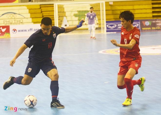Tuyen futsal Myanmar khieu chien Viet Nam hinh anh 1