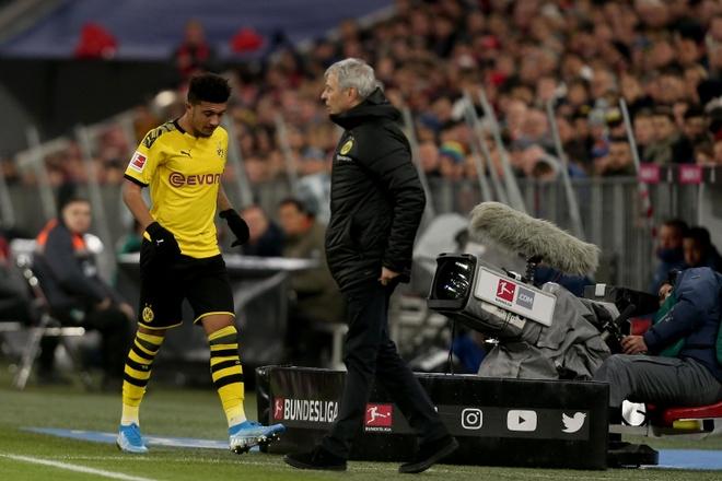 Jadon Sancho ngan ngam vi phan lam de te than o Dortmund hinh anh 1