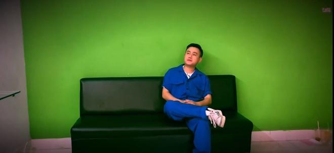 Tran Thanh doi no trong Parody 'Nguoi la oi' hinh anh