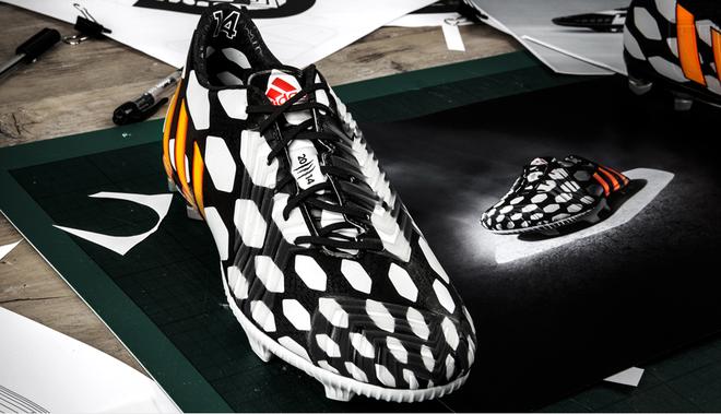 Giay adidas Predator Instinct danh cho World Cup 2014 hinh anh