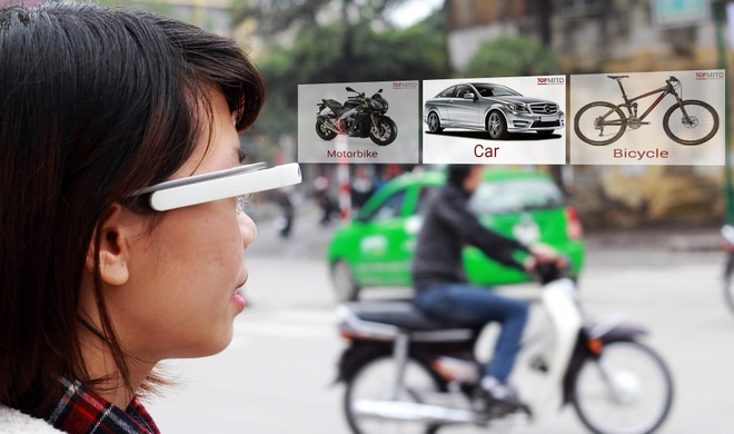 Luyen noi tieng Anh voi Google Glass hinh anh 1