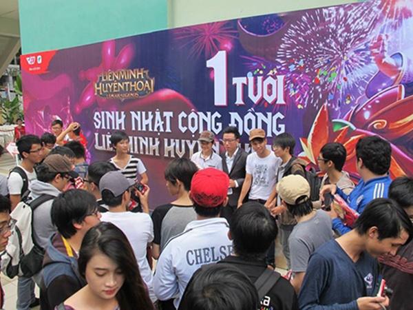 Cac su kien offline an tuong cua Lien Minh Huyen Thoai hinh anh 5