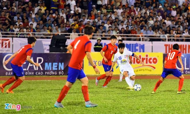 Cong Phuong va dong doi be tac trong vong vay U19 Han Quoc hinh anh 10