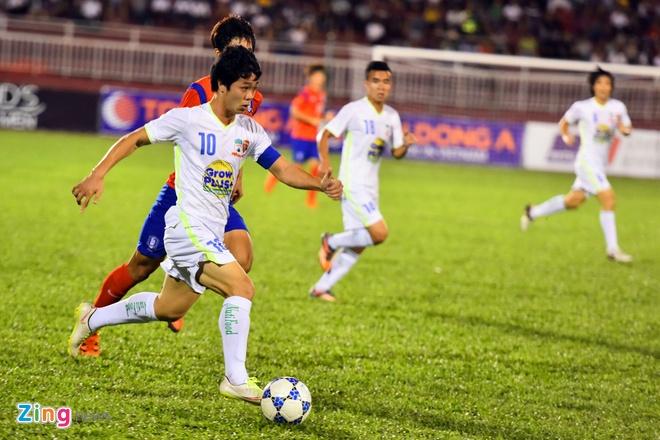 Cong Phuong va dong doi be tac trong vong vay U19 Han Quoc hinh anh 4