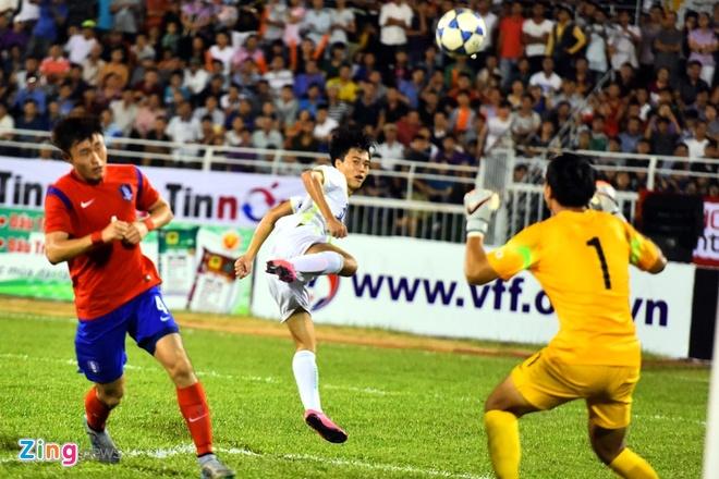 Cong Phuong va dong doi be tac trong vong vay U19 Han Quoc hinh anh 7