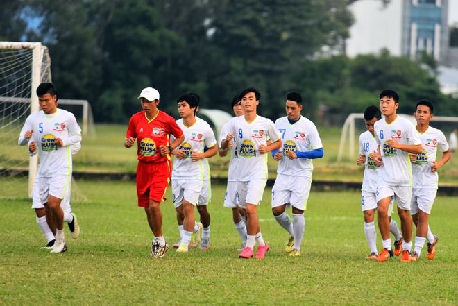 U21 HAGL tha long trong buoi tap sau tran thua U19 Han Quoc hinh anh