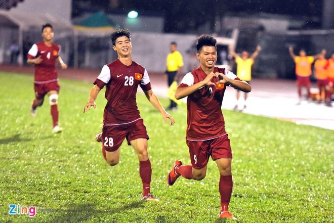 U21 Viet Nam thang dam U21 Thai Lan ngay ra quan hinh anh 3