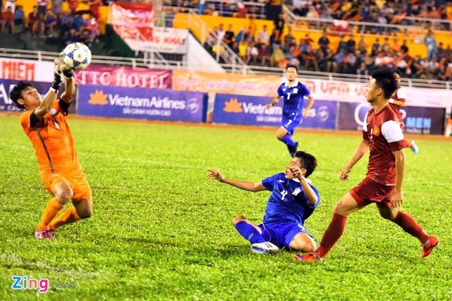 U21 Viet Nam thang dam U21 Thai Lan ngay ra quan hinh anh 2