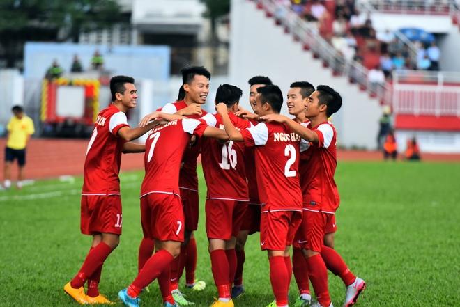 U21 VN cung U21 Singapore vao ban ket U21 Quoc te hinh anh