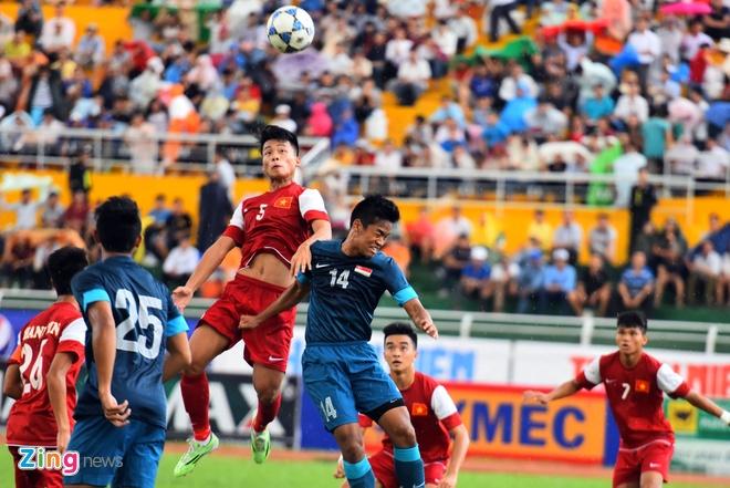 U21 VN cung U21 Singapore vao ban ket U21 Quoc te hinh anh 5