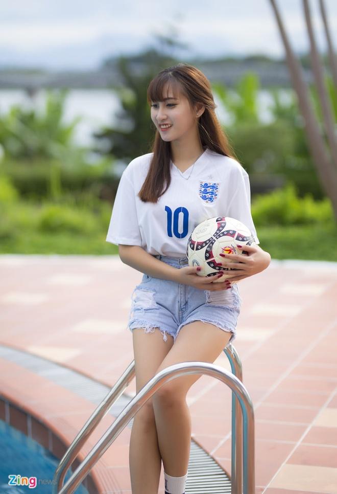 nguoi dep co vu World Cup anh 2