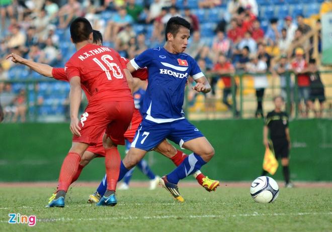Cong Phuong kien tao, U23 VN hoa DKVD V.League hinh anh 4