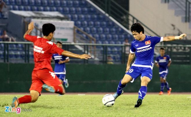 Cong Phuong kien tao, U23 VN hoa DKVD V.League hinh anh 5
