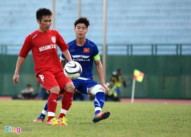 Cong Phuong kien tao, U23 VN hoa DKVD V.League hinh anh 9