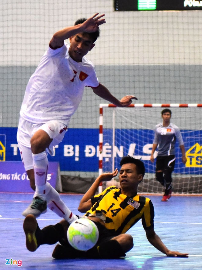 DT futsal VN thang doi tung gianh hang ba Dong Nam A hinh anh 4
