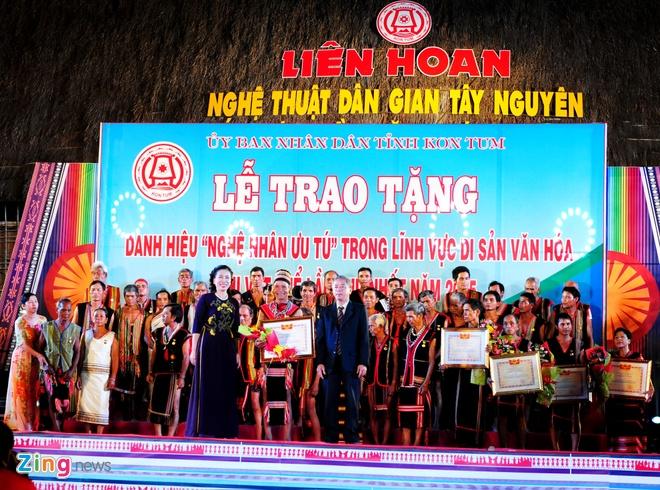 Le hoi Tay Nguyen truyen lua trong dem cong chieng hinh anh 12