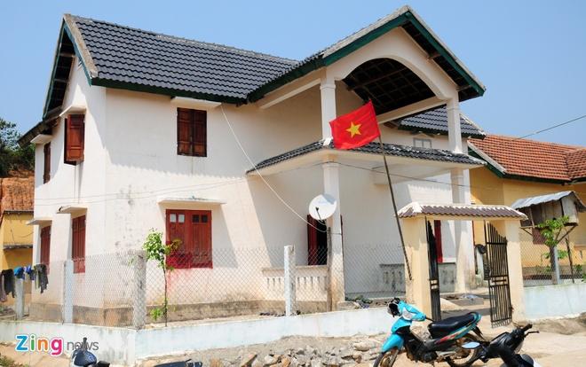 Lang biet thu o Quang Ngai doi dien nguy co doi ngheo hinh anh 2