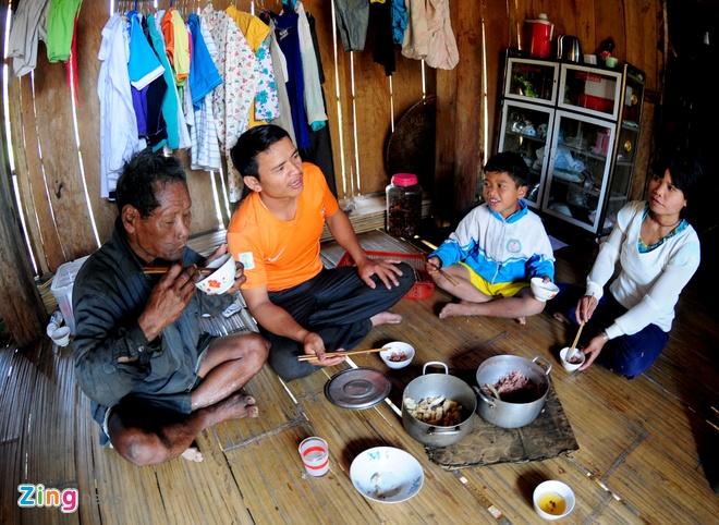 Lang biet thu o Quang Ngai doi dien nguy co doi ngheo hinh anh 6
