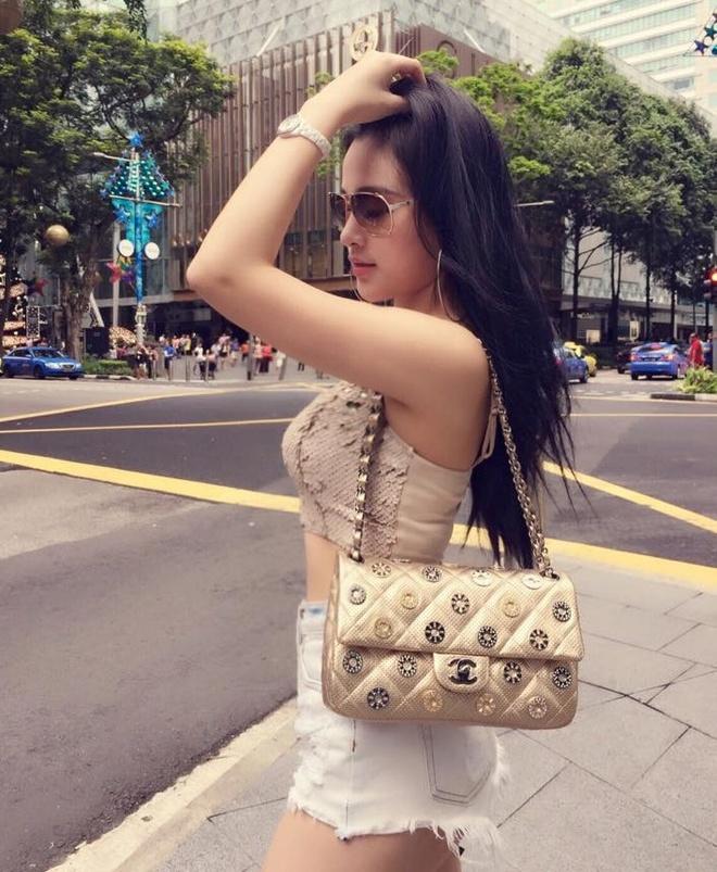 Facebook hot girl tuan qua: Mie hanh phuc ben JVevermind hinh anh 2