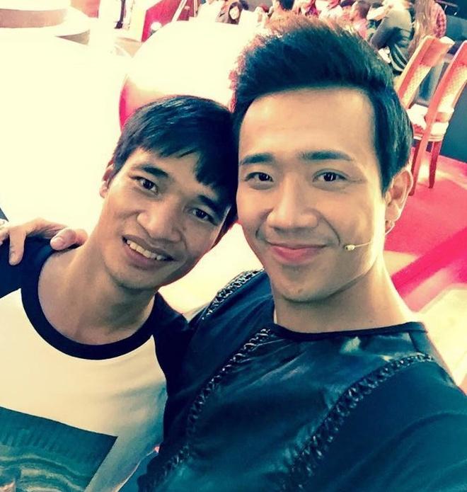 Le Roi chup anh cung MC Tran Thanh hut hon 500.000 luot xem hinh anh