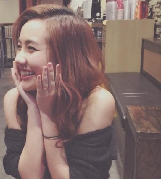 Facebook hot girl tuan qua: Cac bo ba ban than tu hoi hinh anh 7