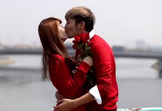 Truong nhom hai BB&BG tung clip hon moi hot girl Kim Nha hinh anh