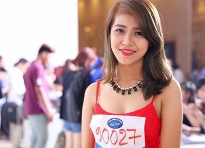 Co gai noi tieng nho hat dam cuoi di thi Vietnam Idol 2015 hinh anh