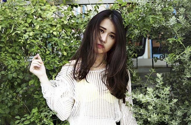 Hot girl Ngoc Thao don he voi trang phuc nang dong hinh anh 3