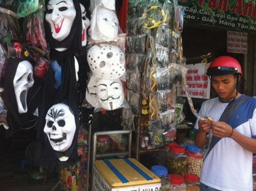 Hang Trung Quoc doc hai chiem thi truong Halloween hinh anh 1