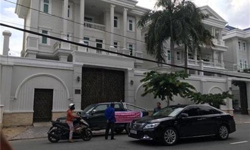 Nhieu doanh nghiep to vo chong Thu Minh quyt tien anh 2