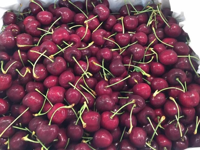 Cherry My gia 200.000 dong mot kg o sieu thi hinh anh 1