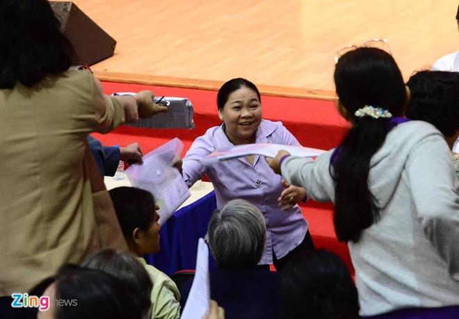 nguoi dan Thu Thiem gap Bi thu Nguyen Thien Nhan anh 23
