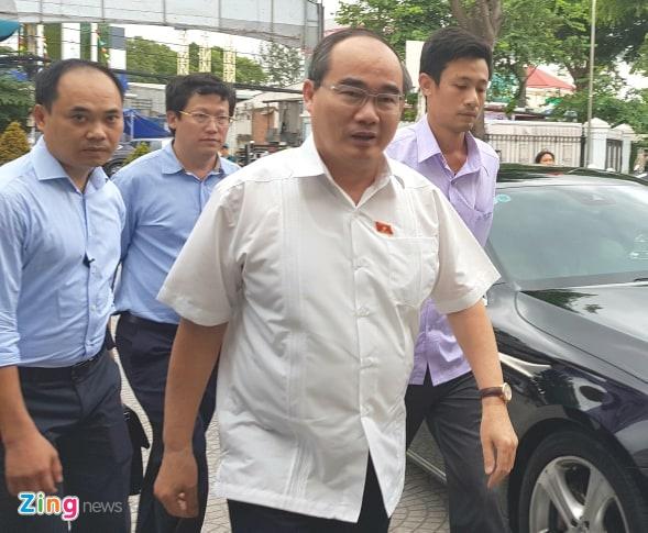 nguoi dan Thu Thiem gap Bi thu Nguyen Thien Nhan anh 8