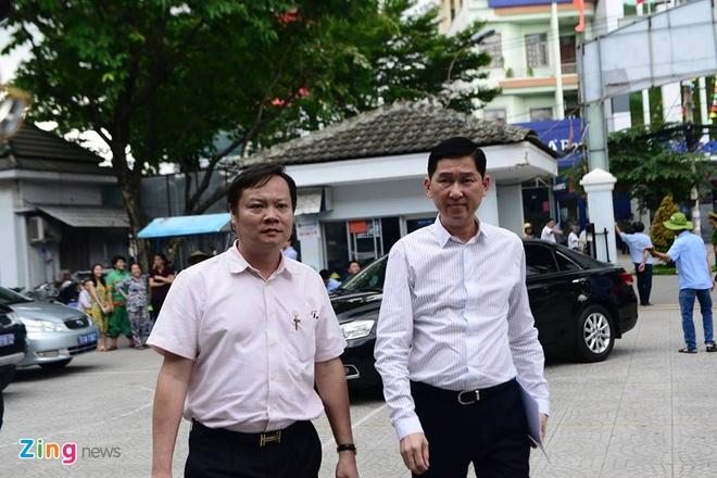 nguoi dan Thu Thiem gap Bi thu Nguyen Thien Nhan anh 9