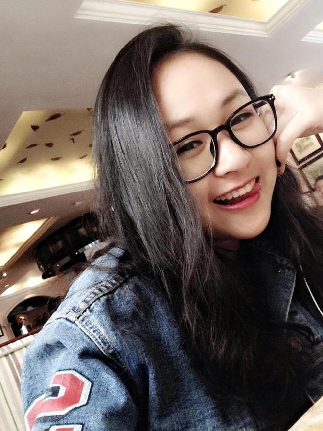 Hot girl tung dung ngoai cua vi khong hop tuoi xong dat hinh anh 5
