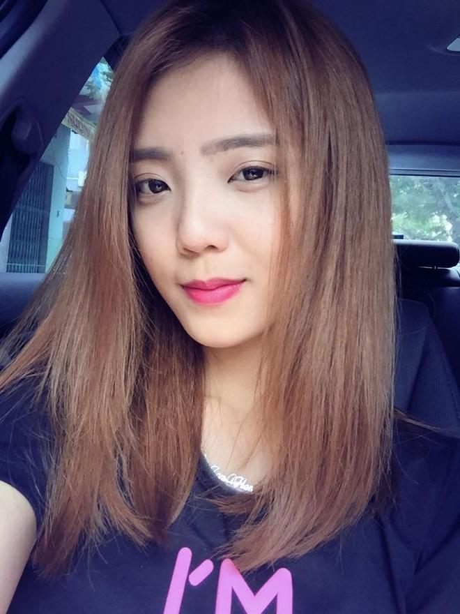 Hot girl 24/2: Nguoi co choi Tet, ke bat tay lam viec hinh anh 3