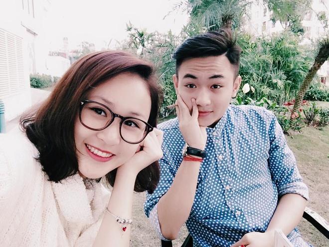 Hot girl 24/2: Nguoi co choi Tet, ke bat tay lam viec hinh anh 2