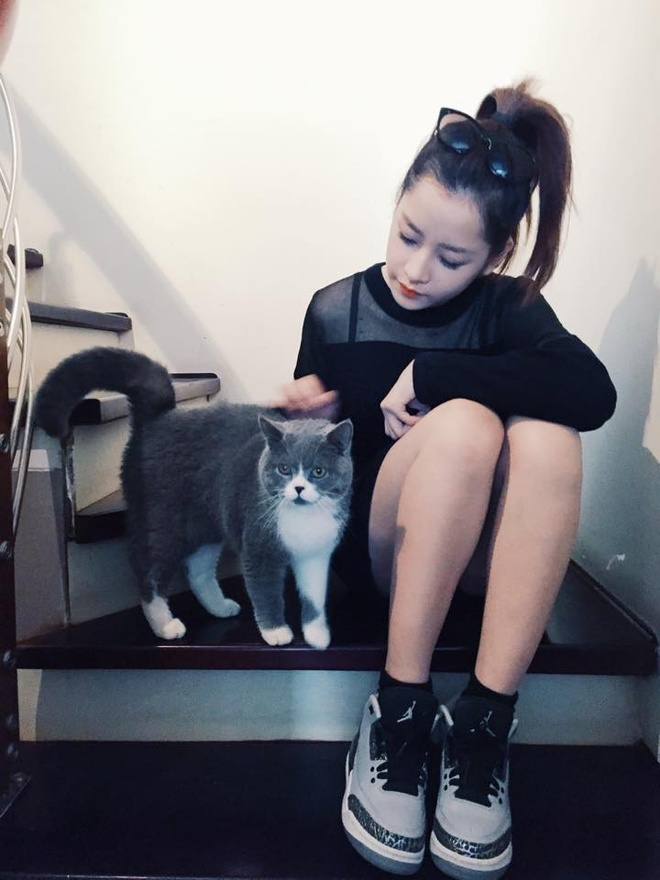Hot girl 24/2: Nguoi co choi Tet, ke bat tay lam viec hinh anh 8