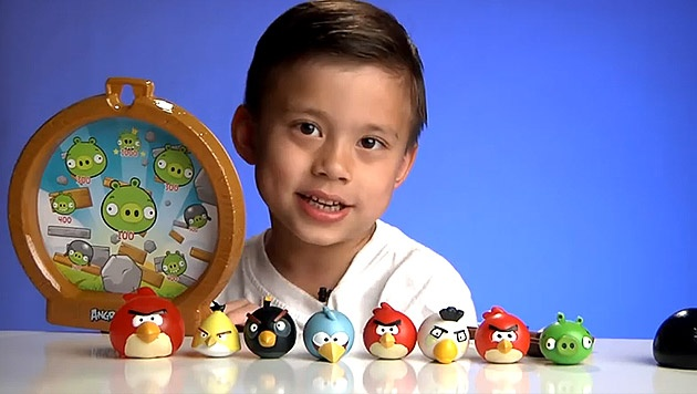 Cau be 8 tuoi tro nen giau co nho Angry Birds hinh anh