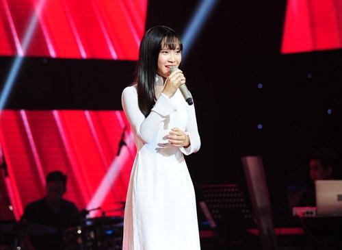 9X duoc vi nhu 'ban sao 16 tuoi' cua My Tam hinh anh 1 Sau tập 2 Giấu mặt The Voice vừa lên sóng cách đây vài ngày, giọng ca 16 tuổi - Nguyễn Cao Bảo Uyên đã nhanh chóng gây