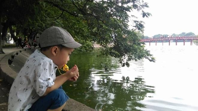 Roi nuoc mat status bo viet cho con 5 tuoi phai an kieng hinh anh 2 Bé Sâu - con trai anh Nguyễn Cường.