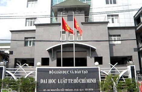 Dai hoc Luat TP HCM: Bo nhiem GS, PGS la dung luat hinh anh 1
