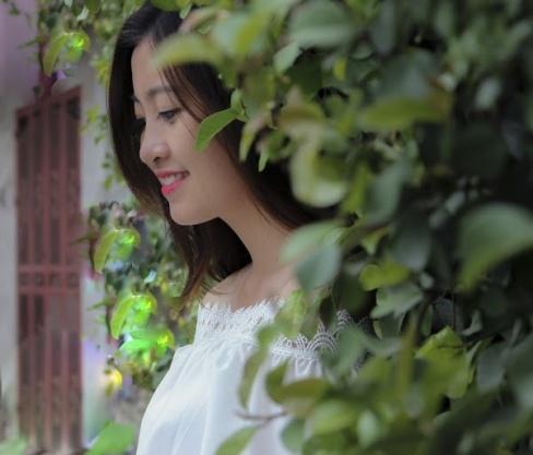 Miss Bao chi tung bi liet day than kinh mat hinh anh 7