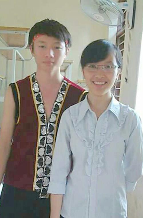 Thu khoa da tai cua Hoc vien Canh sat nhan dan hinh anh 2  Bá Đức luôn tham gia tích cực các hoạt động văn - thể - mỹ.
