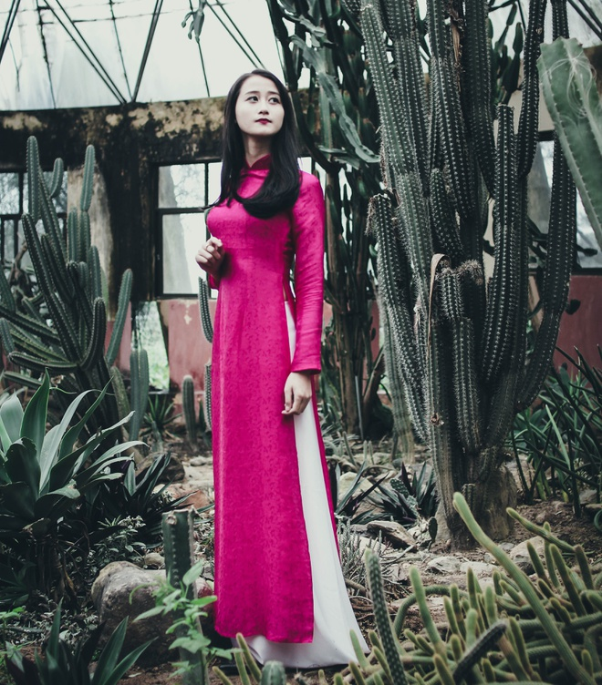 Top 10 Miss Bao chi khoe dang trong trang phuc ao dai hinh anh 10