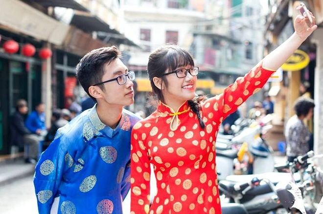 12 cap hoc sinh dep nhat truong chuyen Su pham Ha Noi hinh anh 1