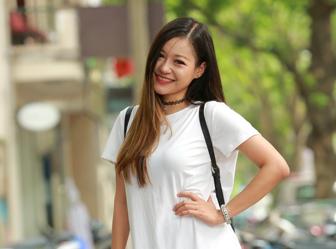 Quynh Anh Shyn khoe vai tran, do dang ben dan hot teen Viet hinh anh 8