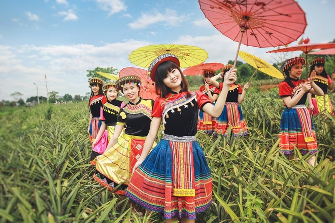 Anh ky yeu hoa than dan toc H'Mong cua teen Ninh Binh hinh anh 1